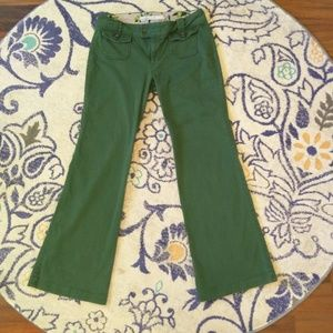 Old Navy regular mid-rise pants size 8 green